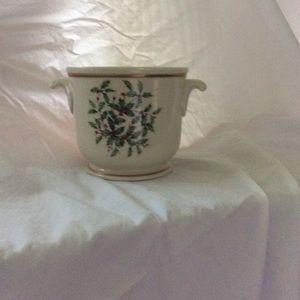 Lenox Christmas ice bucket